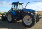 2002 New Holland TV140