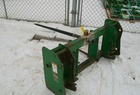 2005 John Deere 600/700 series heavy duty bale spear