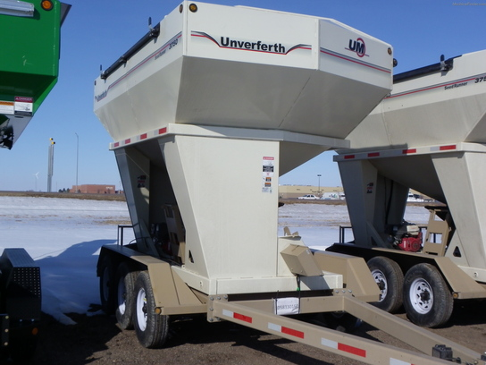 2013 Unverferth 3750 SEEDTENDER