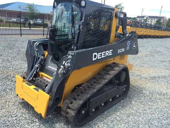 Detail photo of 2015 John Deere 323E from Construction Equipment Guide