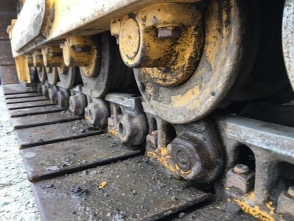 Detail photo of 2015 John Deere 650K from Construction Equipment Guide
