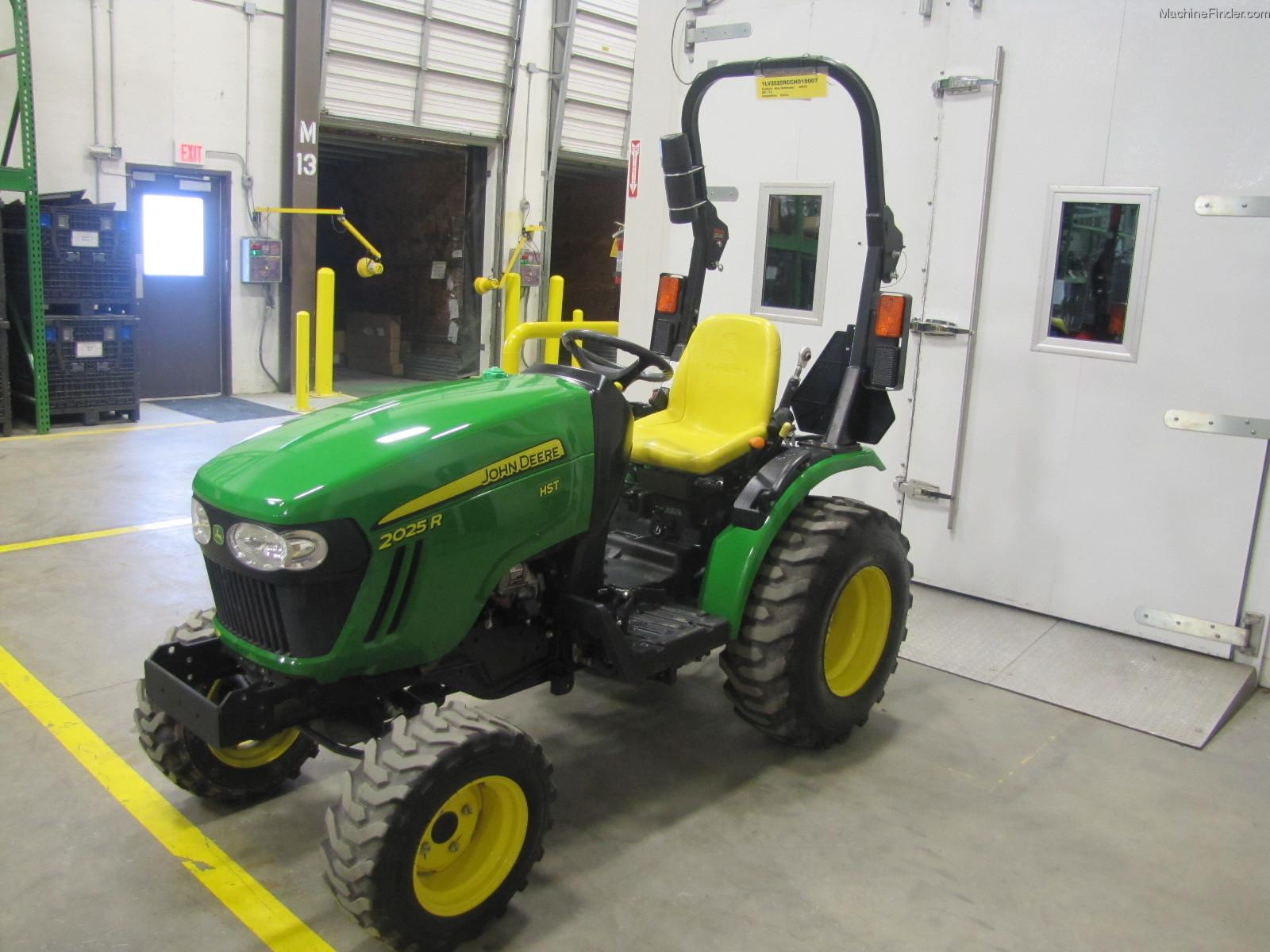 John Deere 2025R with H130 Tractors Compact (1 40hp.) John Deere  #ACA51F