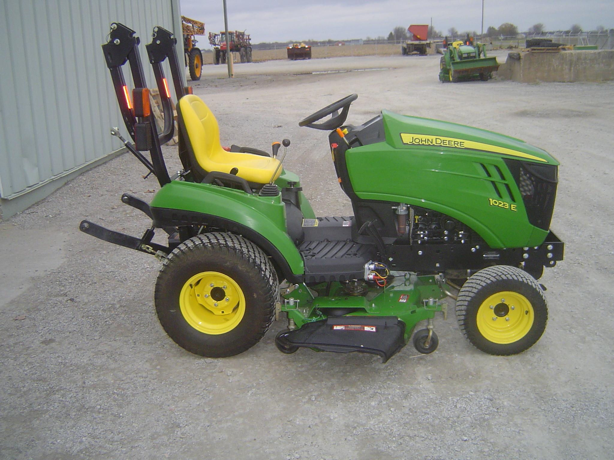 John Deere Compact Tractor Attachments : John deere e compact utility tractors for sale