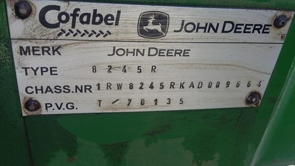 John Deere 8245R