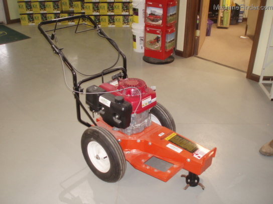 Bear Cat 11 HP HONDA STUMP GRINDER  AVAIL FOR RENT