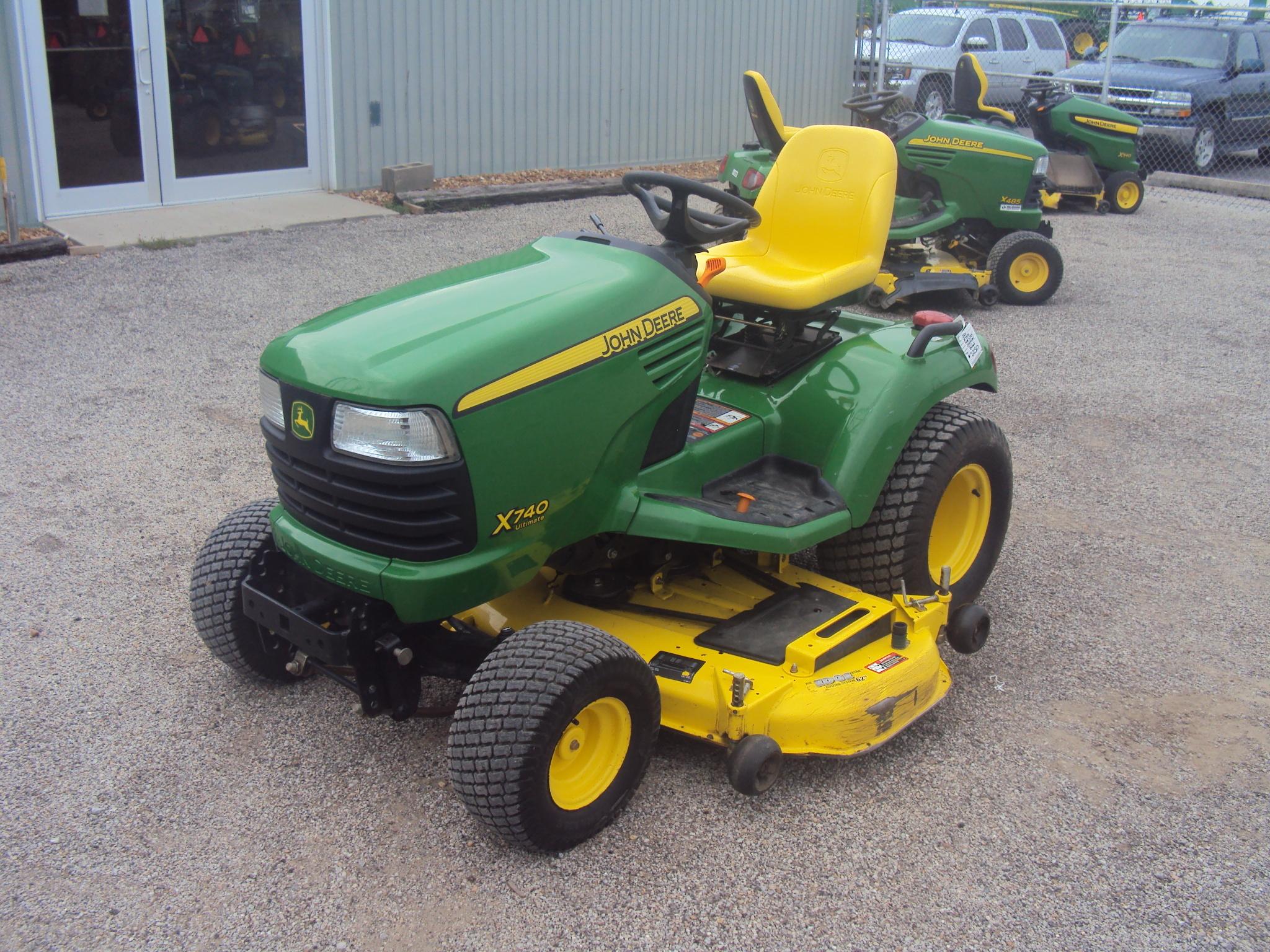 John Deere 740 Tractor : John deere