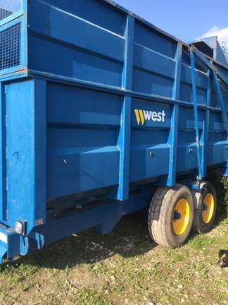 West 10 ton silage trailer