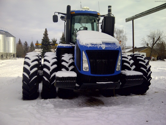 2011 New Holland T9670
