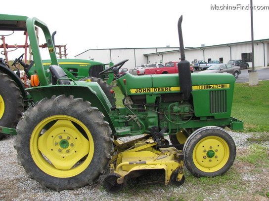 1985 John Deere 750 Tractors - Compact (1-40hp.) -