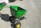 2009 JOHN DEERE 125 Dry Fertilizer Applicator