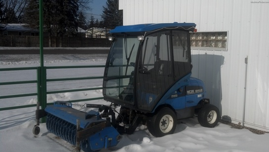 New Holland MC28