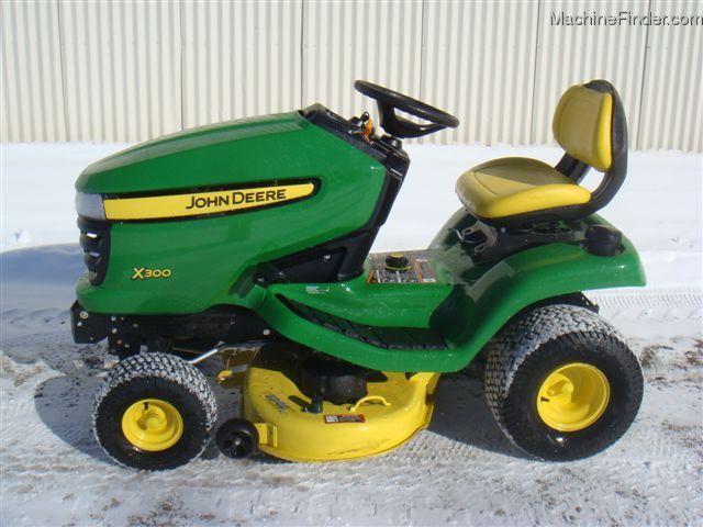 2006 john deere x300 lawn  garden and commercial mowing