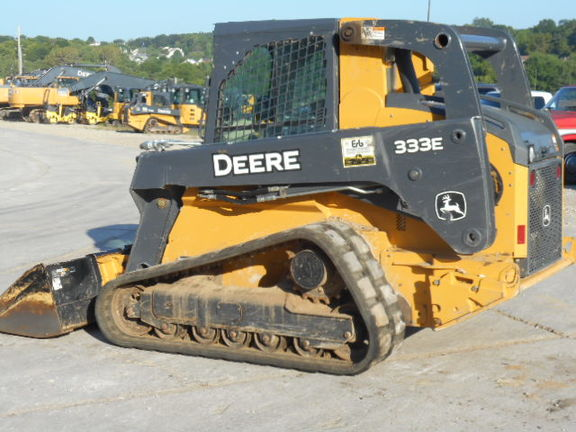 Detail photo of 2016 John Deere 333E from Construction Equipment Guide