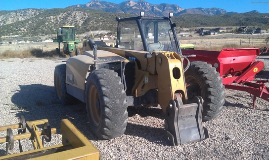 2006 Caterpillar TH330B