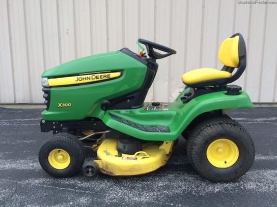 John Deere X300 Lawn Tractor : John deere lawn garden tractors
