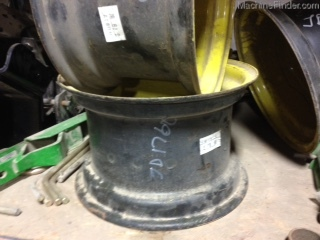 John Deere BW11919 WHEEL
