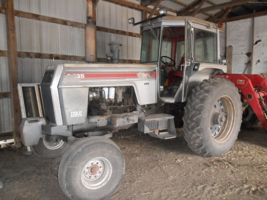 1979 White 2-135 Tractors - Row Crop   100hp