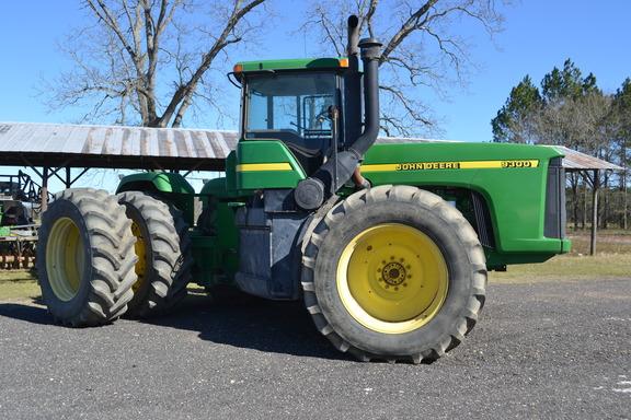 2001 John Deere 9300