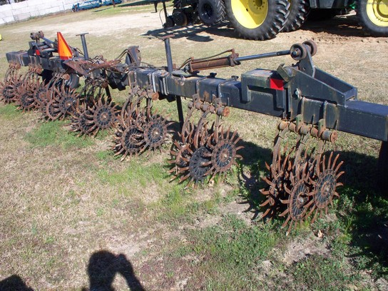 2004 Yetter 825 Rotary Hoe