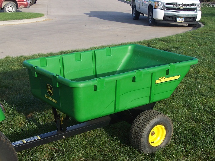 2004 John Deere 10p Dump Cart Poly Box And Turf Tires Lawn Garden And Commercial Mowing