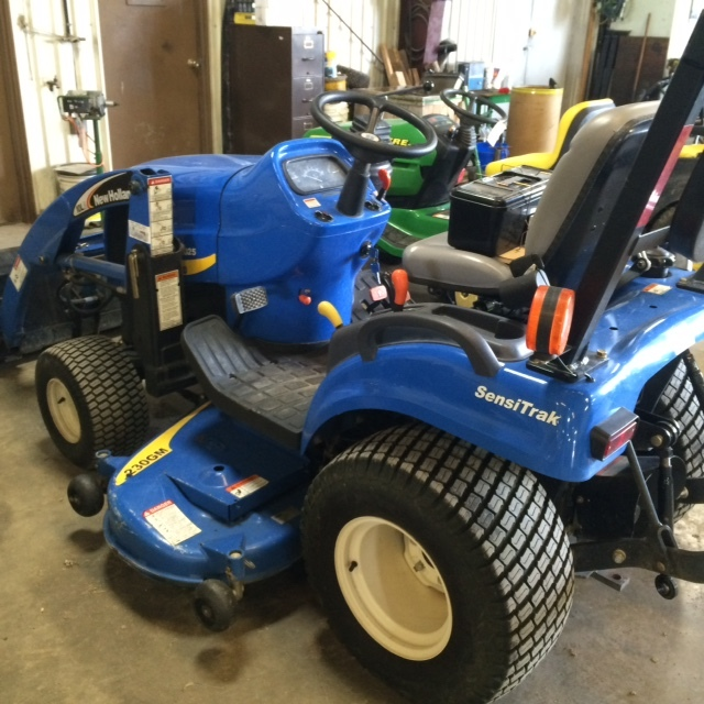 New Holland Compact Utility Tractor : New holland compact utility tractors for sale