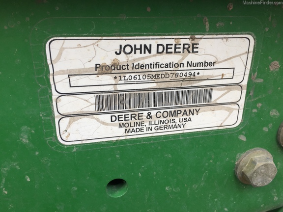 2013 John Deere 6105M