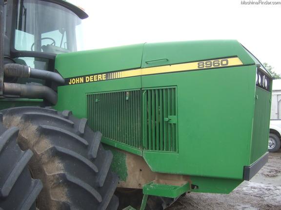 John Deere 8960