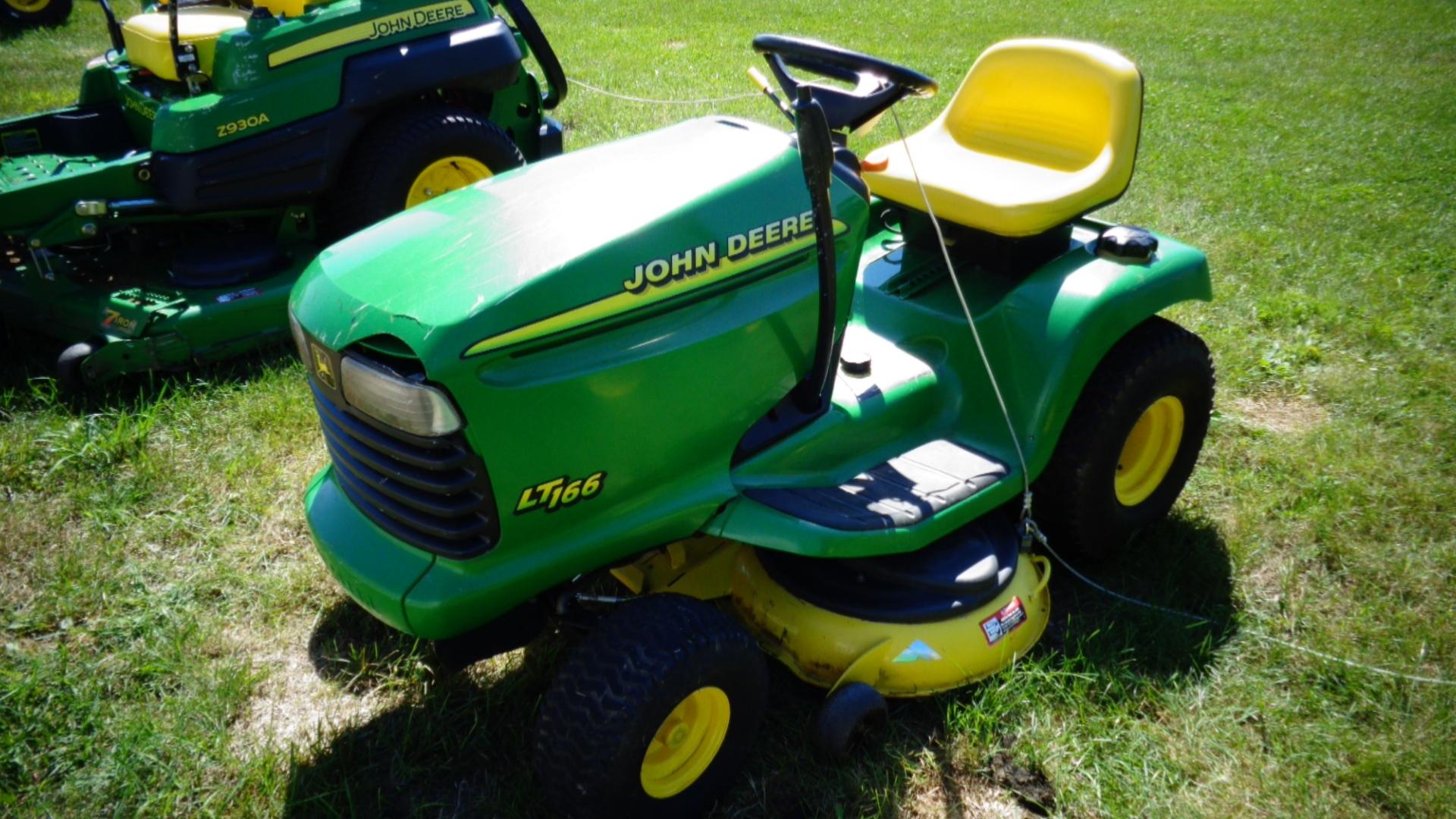John Deere Lt166 Lawn Garden Tractors For Sale 62149