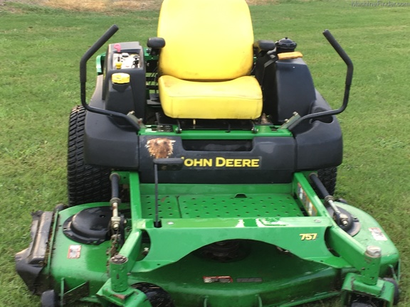 2003 John Deere 757
