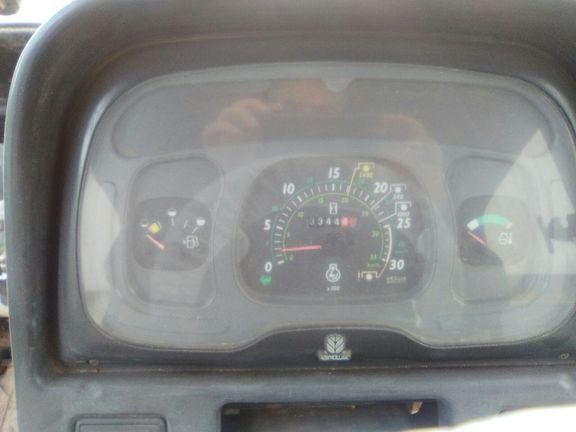 New Holland TL 80