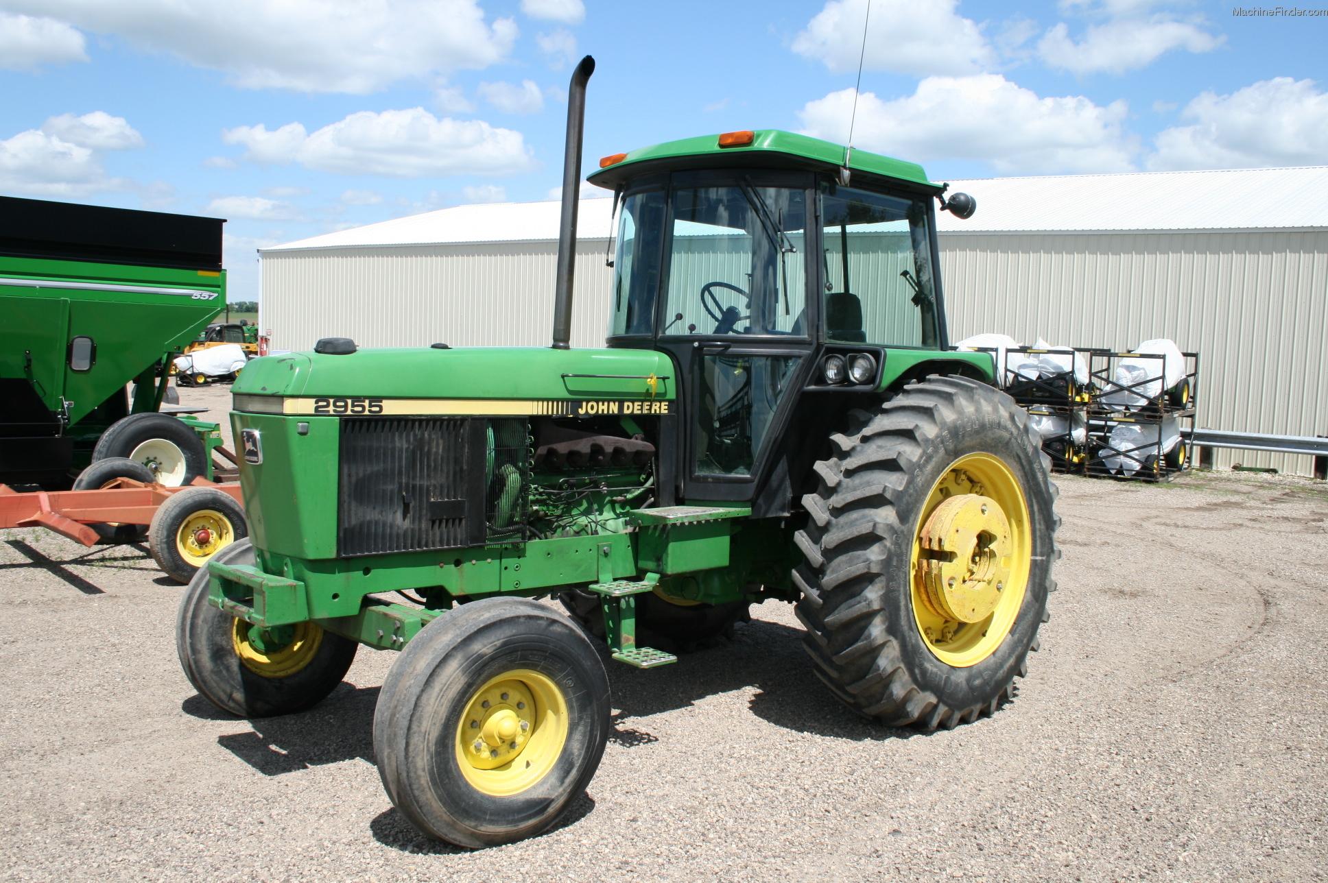 1988 John Deere 2955 Tractors - Row Crop   100hp