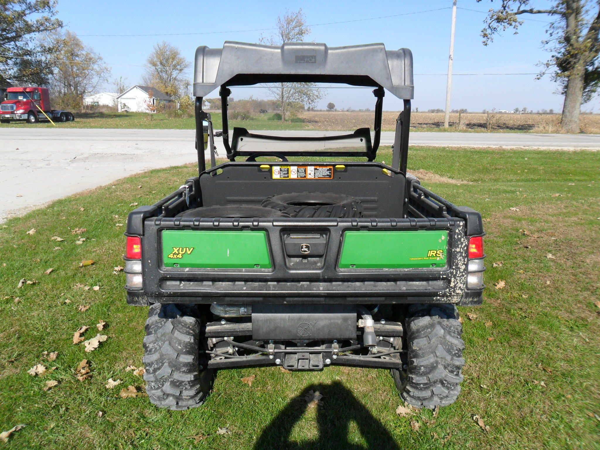 john deere xuv 825i green atvs gators for sale 65506. Black Bedroom Furniture Sets. Home Design Ideas