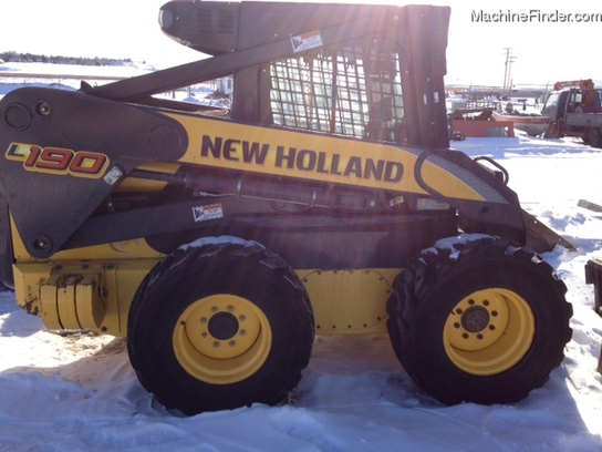 2010 New Holland L190