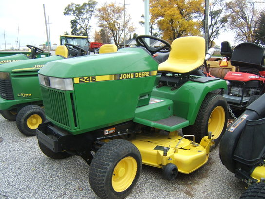 John Deere 245 ( NO PAYMENTS NO INTEREST UNTIL MAY 2014 OAC)