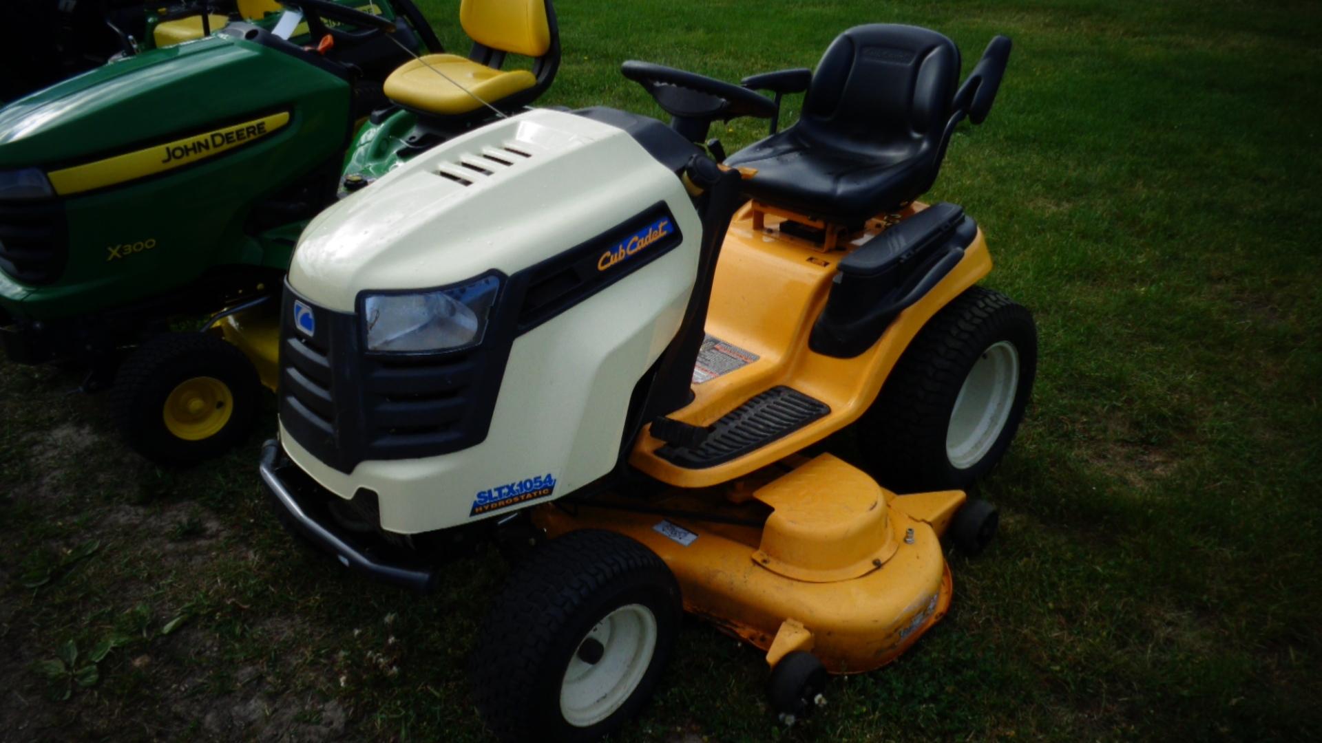 Cub Cadet Lawn Tractors 2010 : Cub cadet sltx lawn garden tractors for sale