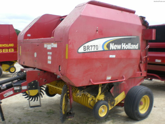 2006 New Holland BR770A
