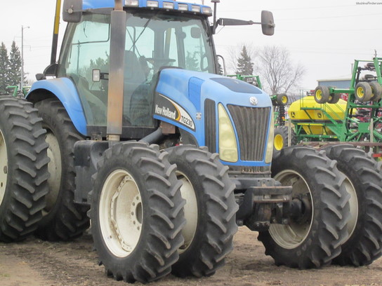 2003 New Holland TG230