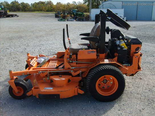 2010 Scag TURF TIGER 61