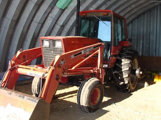 International Harvester 5088 : International harvester tractors utility