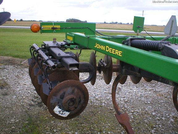 John Deere 512