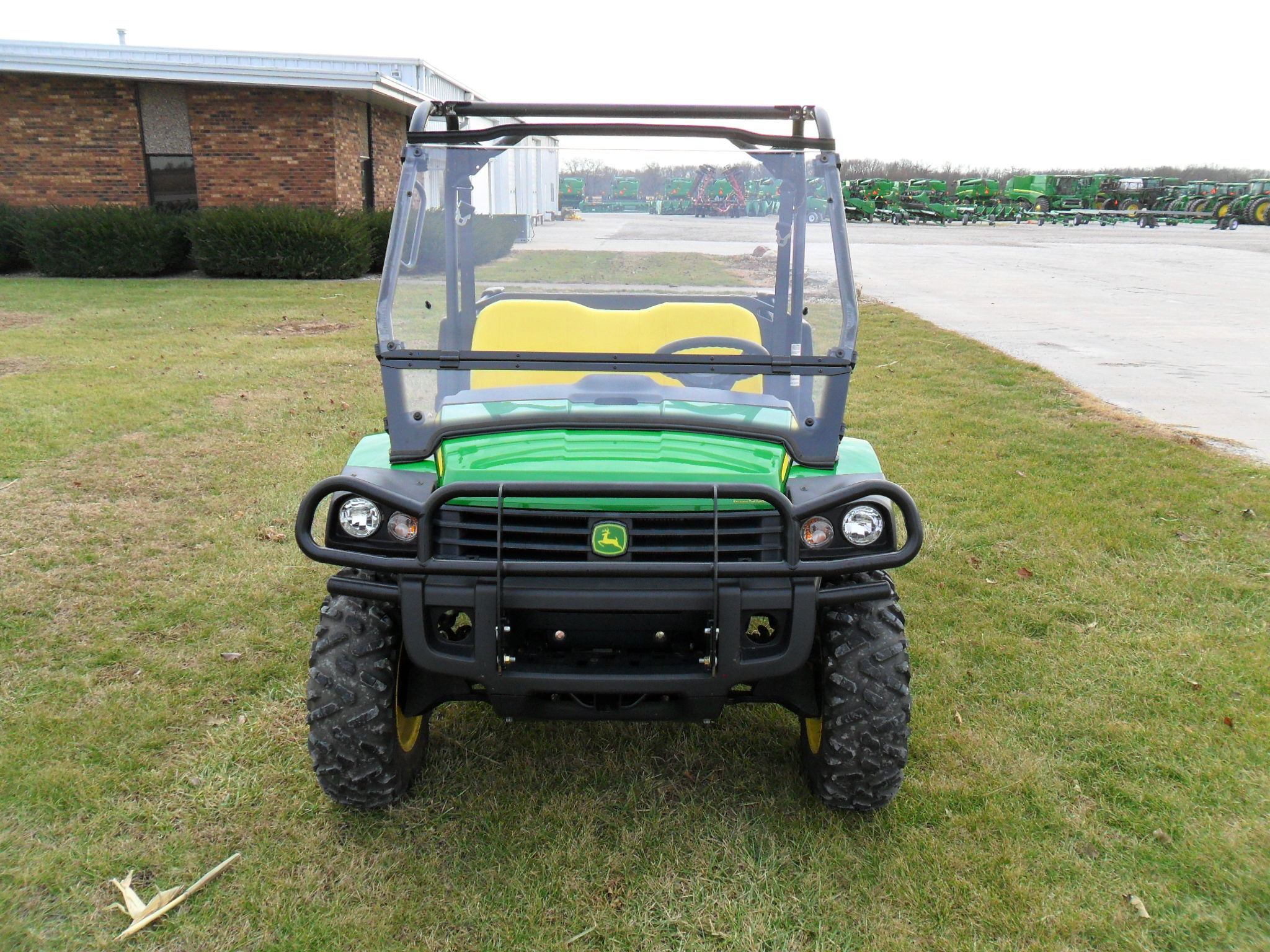 john deere xuv 825i green atvs gators for sale 65595. Black Bedroom Furniture Sets. Home Design Ideas