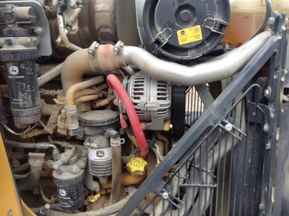Detail photo of 2014 John Deere 410K from Construction Equipment Guide