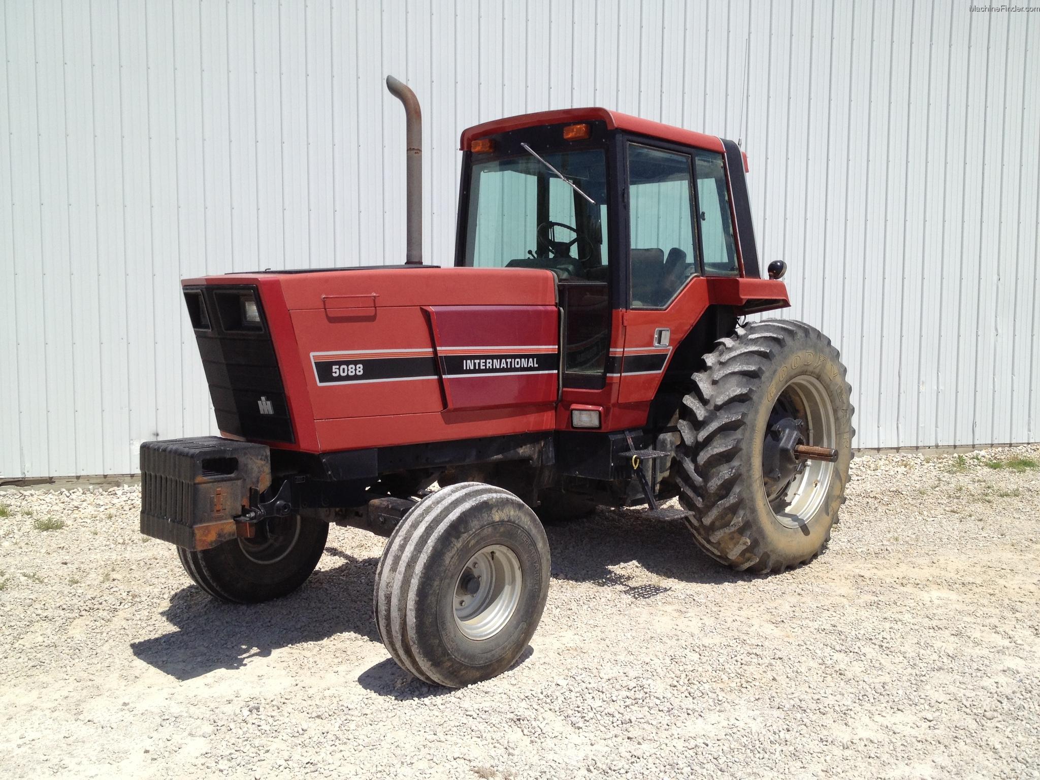 International Harvester 5088 : International harvester tractors row crop