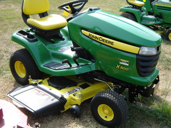John Deere X300 Mulching Kit http://www.machinefinder.com/ww/en-US/machine/2145788