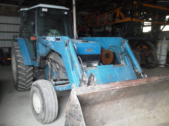 1992 New Holland 8340