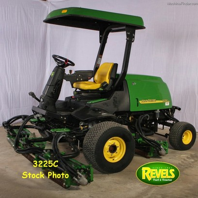 2007 John Deere 3225C Fairway Mower