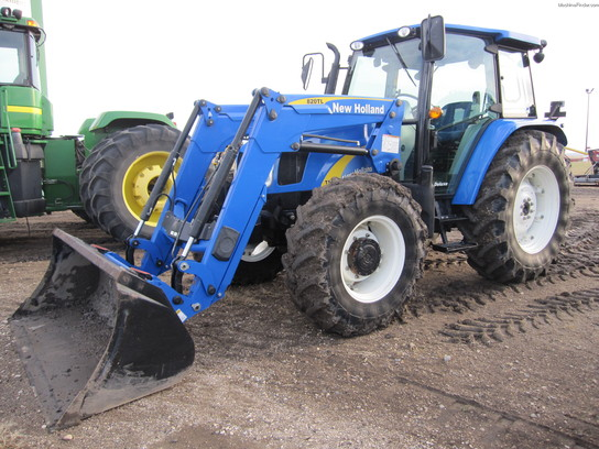 2008 New Holland T5060