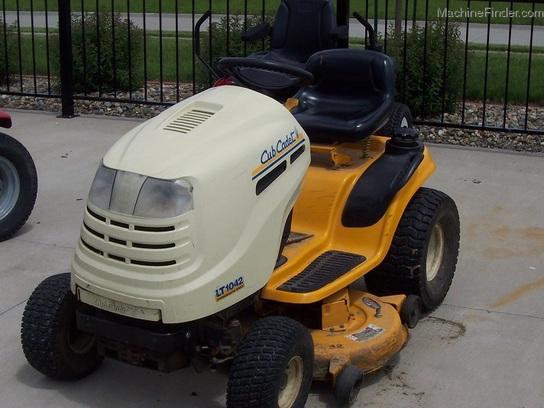2004 Cub Cadet Lt1042 Lawn Tractor Hydro 42 Quot Cut Lawn