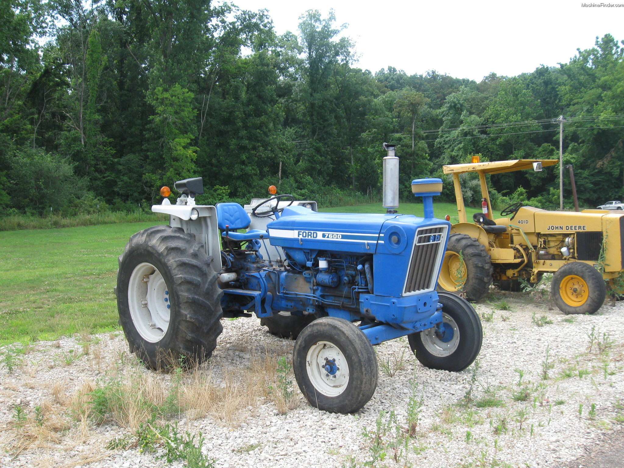 1975 Ford 7600 Tractors - Utility  40-100hp