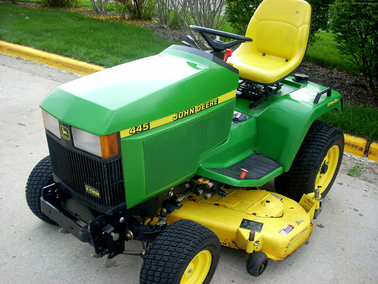 1999 John Deere 445 Lawn Amp Garden And Commercial Mowing